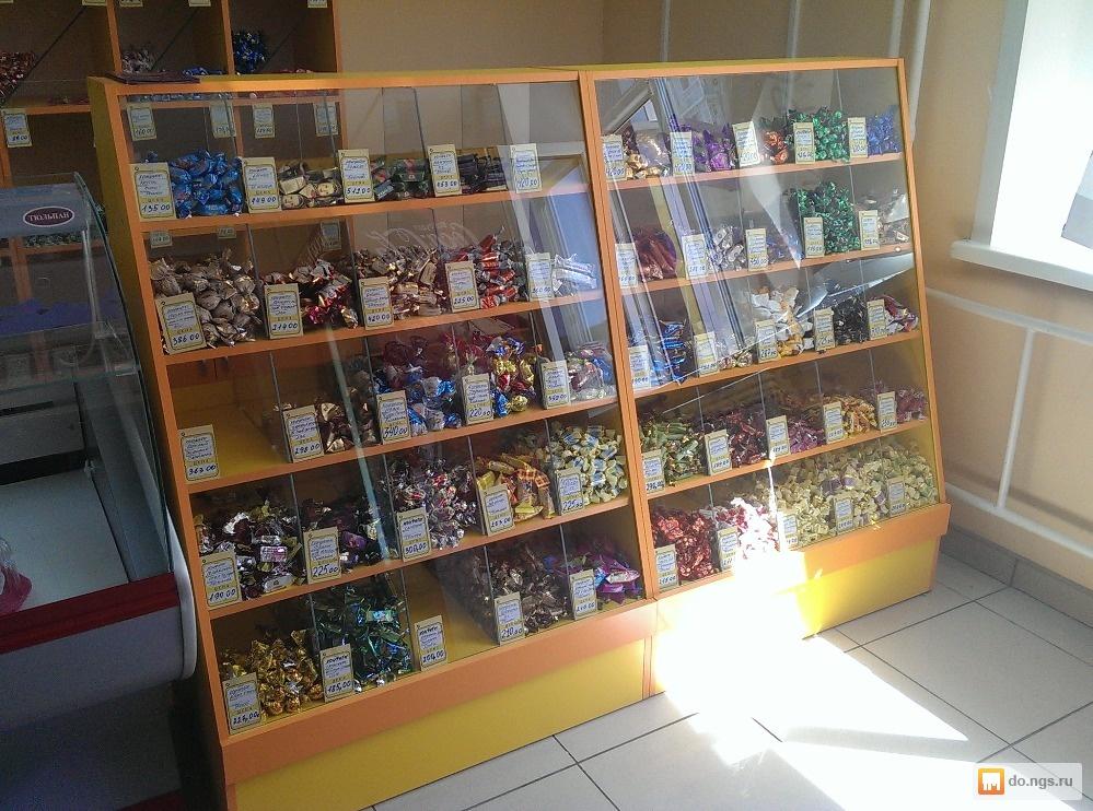 витрина для конфет фото в магазине